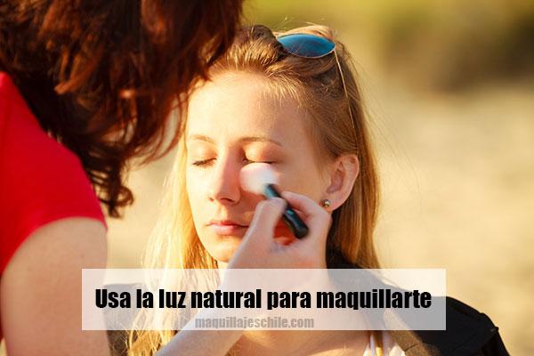 Cómo maquillarme: con luz natural